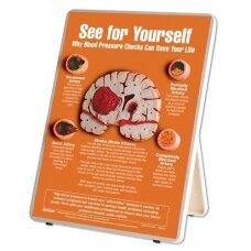 """Informacinis stovas """"Kodėl kraujo spaudimo patikrinimai gali išgelbėti jūsų gyvenimą?"""""""