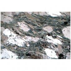 Vulkaninės kilmės akmenų ir mineralų objektiniai stikleliai mikroskopui (31 vnt.)